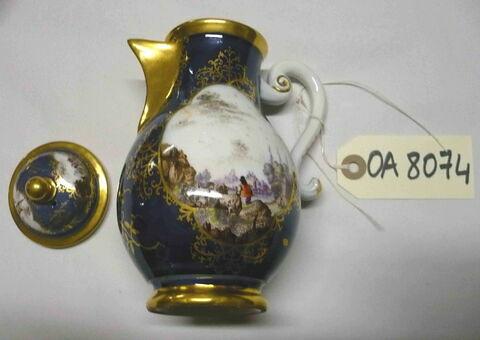 Cafetière Porcelaine dure Meissen, XVIIIème siècle.