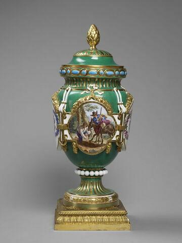 """Vase d'ornement forme """"antique ferrée"""" dit """"vase de Fontenoy"""" ou """"à cordon""""  Manufacture de Sèvres"""