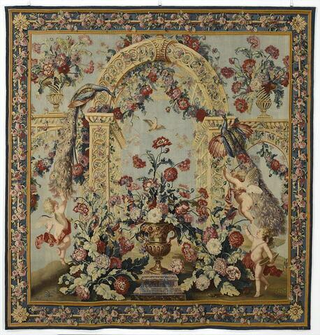 Treillage et vase de fleurs, de la tenture du Triomphe de Flore