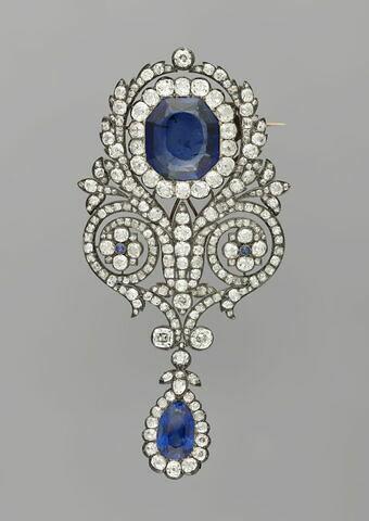 Broche de la parure de saphirs de la reine Marie-Amélie et de la Reine Hortense. grande broche