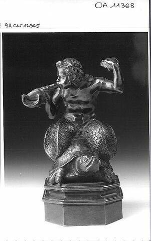 Statuette : Triton chevauchant une tortue