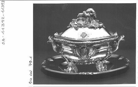 Pot à oille (service Penthièvres-Orléans)
