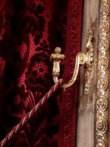 Série de dix patères de style Louis XIV.