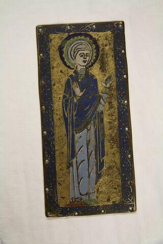 Plaque rectangulaire : Vierge au Calvaire, faux d'après la plaque du bras gauche d'une croix conservée à Londres au British Museum (inv. 1850, 7-22, 5)