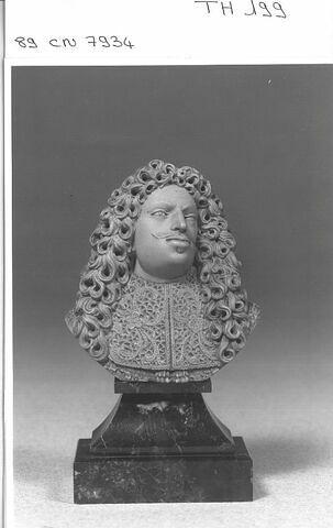 Petit buste d'homme