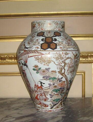 Potiche ou vase, d'une paire (TH 475)