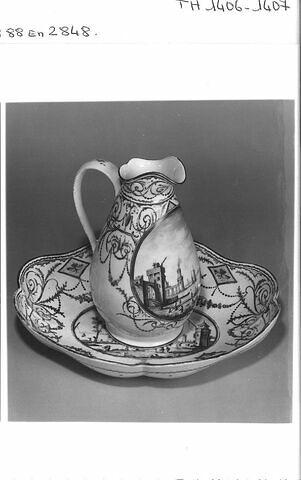 Pot à eau (avec la cuvette TH 1407)