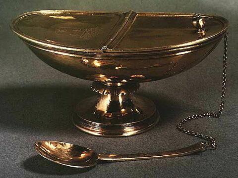 Cuillère de navette à encens de la chapelle de l'ordre du Saint-Esprit.