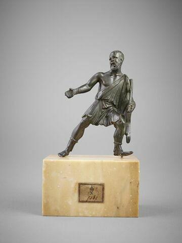 Statuette : homme étrusque