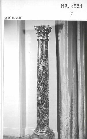 Colonne en albâtre antique fleuri, d'une paire (MR 1321)
