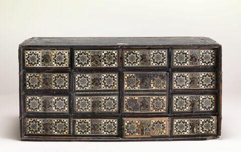 Cabinet en marqueterie d'ivoire
