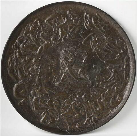 Grand plat circulaire en bronze ciselé : L'Enfer des Luxurieux.
