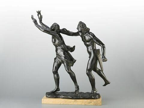 Groupe sculpté : Apollon et Daphné