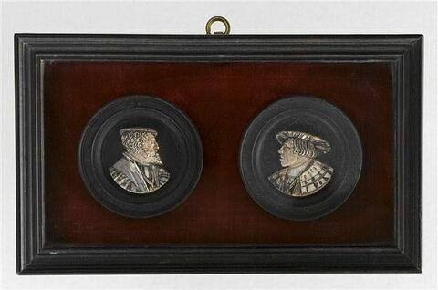 Pions de tric-trac : Charles Quint et Ferdinand Ier