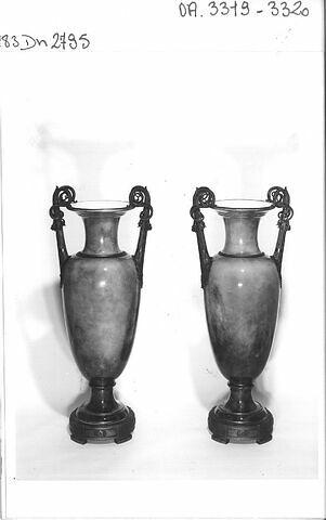"""Vase """"Carafe étrusque"""""""