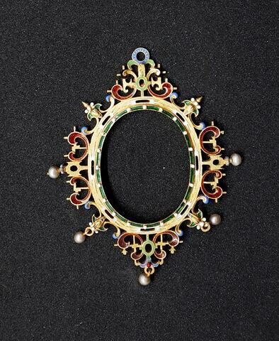 Cadre de médaillon en émail polychrome