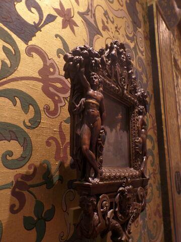 vue de l'objet en situation © 2019 Musée du Louvre / Objets d'art du Moyen Age, de la Renaissance et des temps modernes