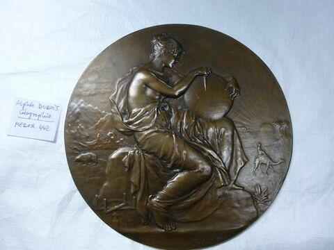 La Géographie. Médaille. Bronze (inventaire)