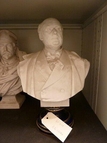 Buste de J. Grévy.