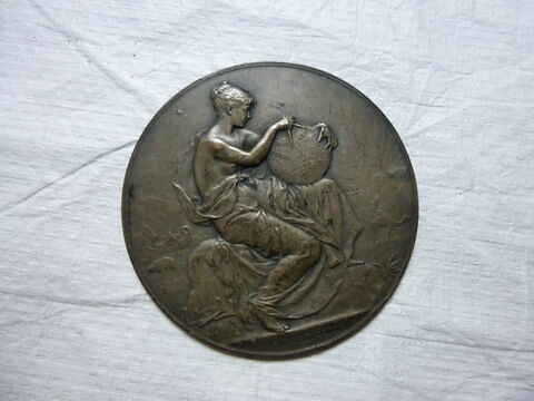 La Géographie. Médaille. Face et revers.Bronze argenté (inventaire)
