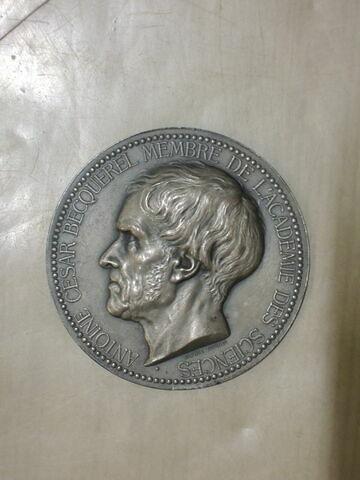 A.C. Becquerel. Médaille. Face et revers. Bronze argenté (inventaire)