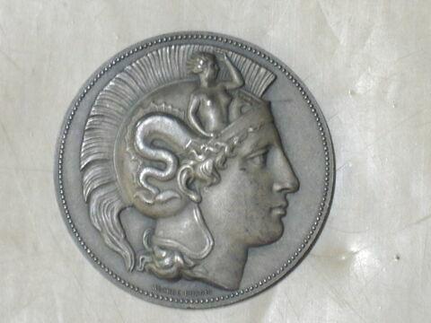Minerve. Médaille. Face et revers. Bronze argenté (inventaire)