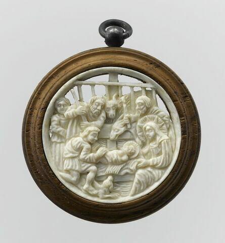 Médaillon circulaire en ivoire : Adoration des bergers.