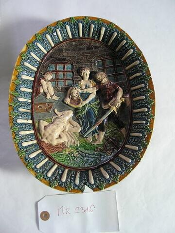 Plat ovale, à pied : Décollation de Saint Jean-Baptiste