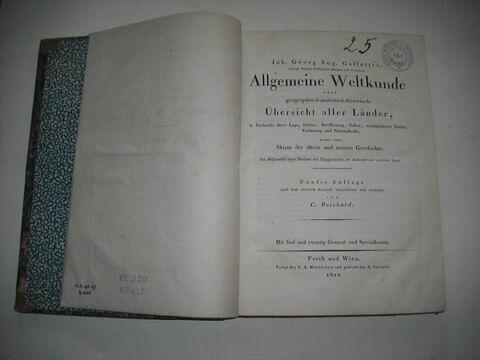 Livre d'études en langue allemande ayant appartenu à Napoléon II : Allgemeine Weltkunde..., Pest-Vienne, 1822.