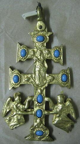 Croix de Caravaca à double face en cuivre doré et pâte bleue