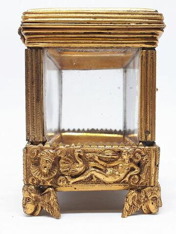 © 2018 Musée du Louvre / Objets d'art du Moyen Age, de la Renaissance et des temps modernes