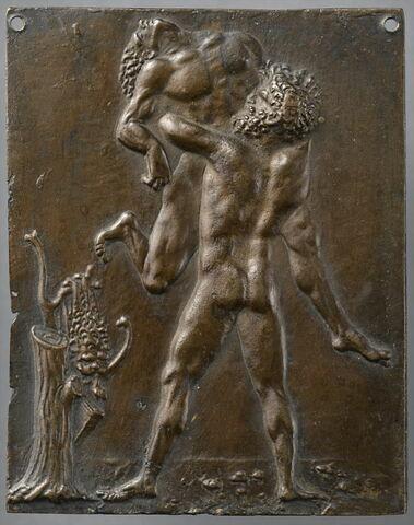 Plaquette : Hercule étouffant Antée