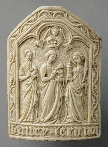 Baiser de Paix légèrement convexe : la Vierge glorieuse entre saint Jean-Baptiste et sainte Barbe, et une inscription dans le bas