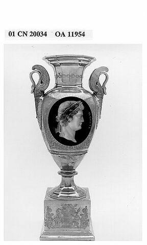 "Vase ""Auguste"""