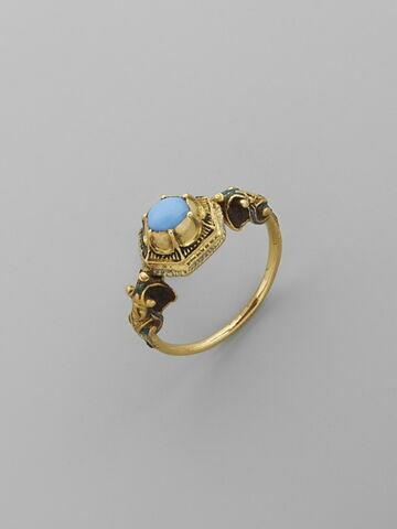Bague en or avec pierre bleue (turquoise ?)