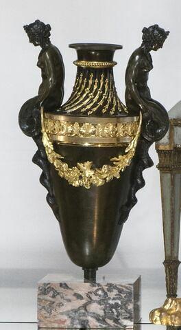 Grand vase en bronze doré et patiné