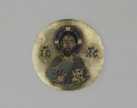 Médaillon en émail cloisonné sur or : Christ en buste bénissant