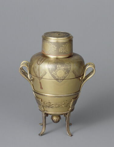 Boîte en forme de vase