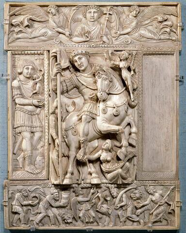 Feuillet de diptyque en cinq parties : l'Empereur triomphant (Justinien?).
