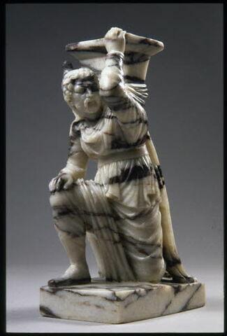 Statuette : prisonnier perse
