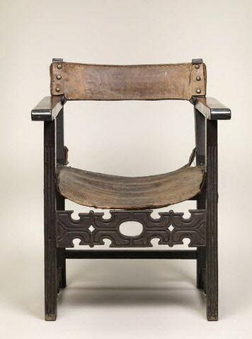 Fauteuil à assise et dossier en cuir