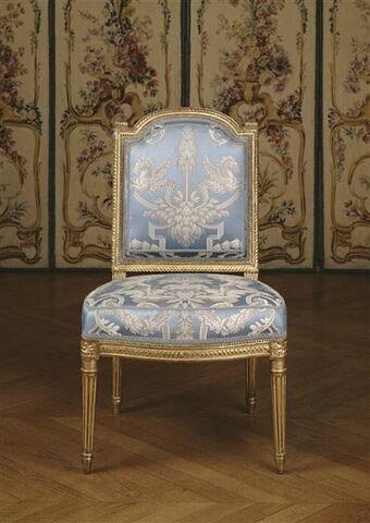 Chaise à la reine, d'une paire (avec OA 10204)