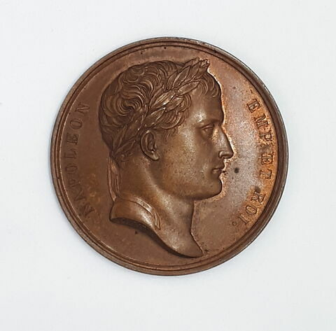 Médaille : treizième effigie de l'Empereur Napoléon, cliché de droit