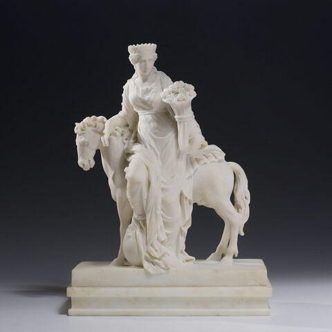 Groupe sculpté : l'Europe