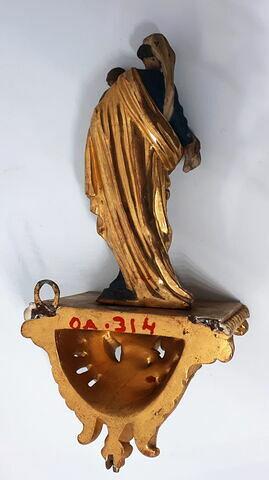 détail marquage / immatriculation ; dos, verso, revers, arrière © 2018 Musée du Louvre / Objets d'art du Moyen Age, de la Renaissance et des temps modernes