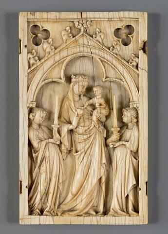 Feuillet gauche de plaquette à une arcature : Vierge glorieuse