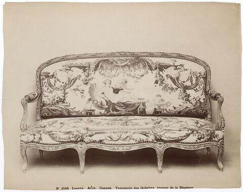 Canapé, d'un mobilier de salon (OA 6530 à 6539).
