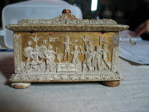 © 2013 Musée du Louvre / Objets d'art du Moyen Age, de la Renaissance et des temps modernes