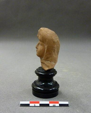 profil gauche © 2010 Musée du Louvre / Antiquités orientales