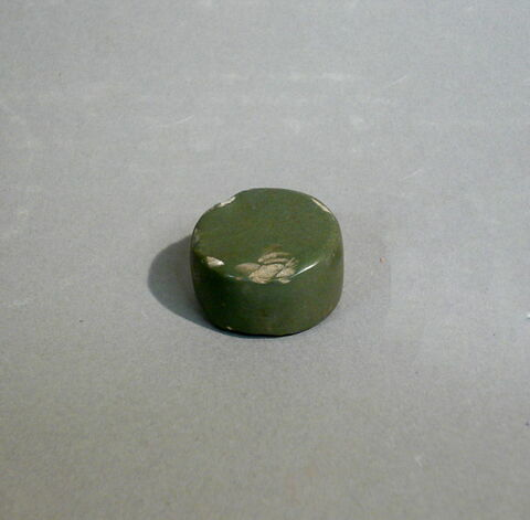objet votif  ; pierre